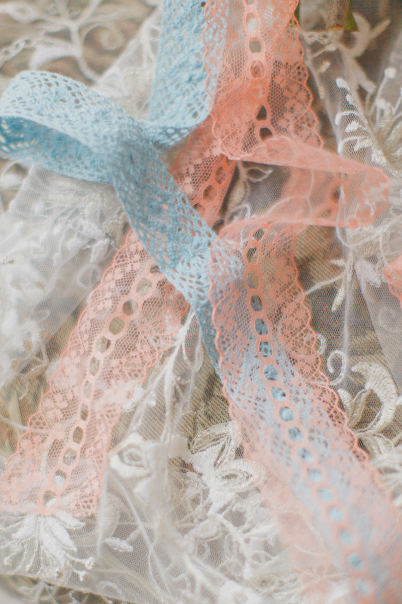 Tenderness of the lace