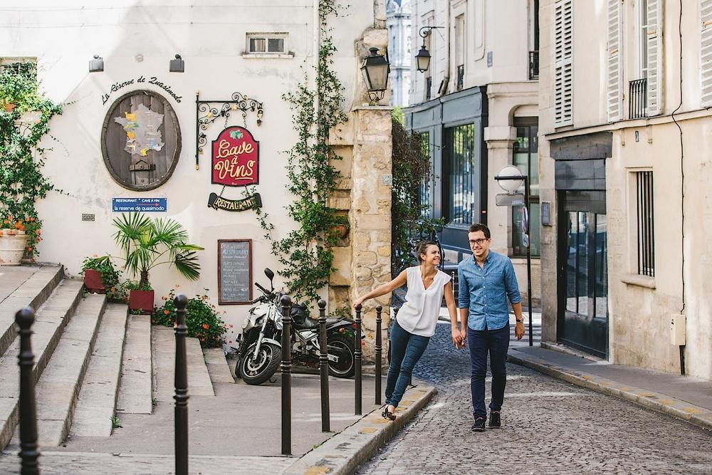 Прогулка вдали от туристических мест Парижа