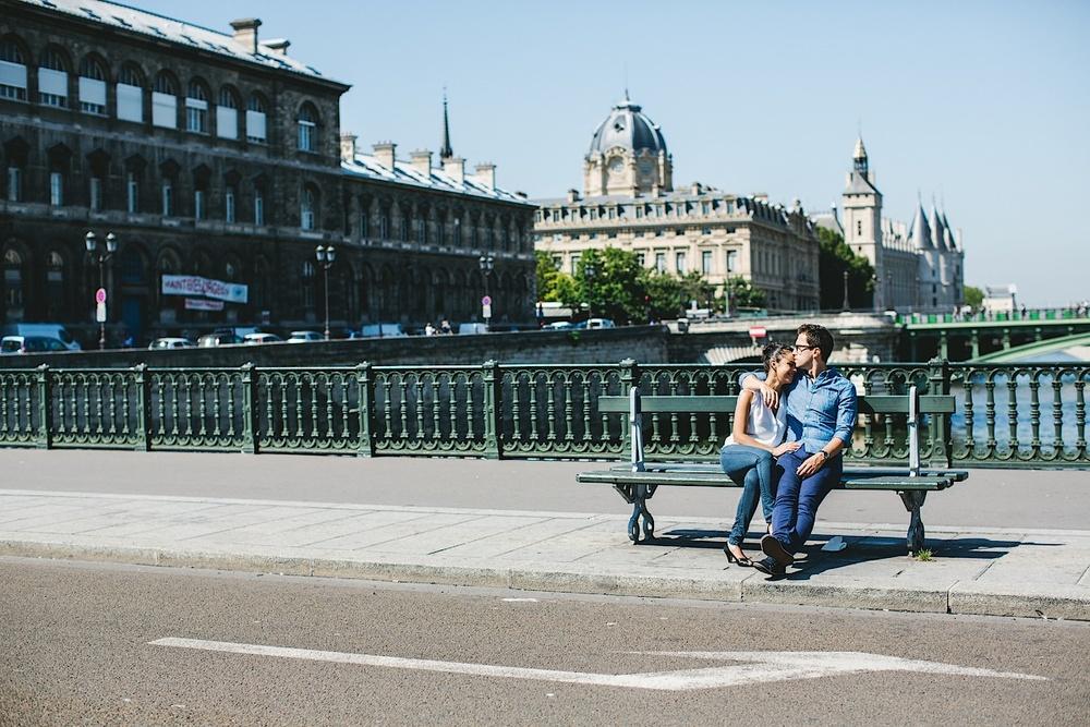Когда вы в Париже, время останавливается
