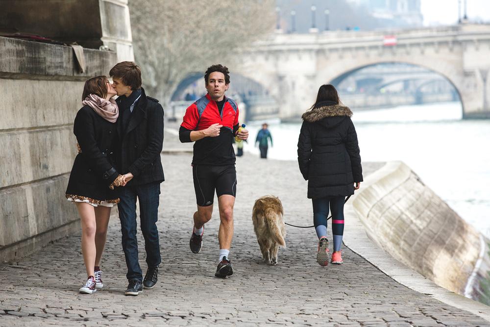 Семейная прогулка в Париже
