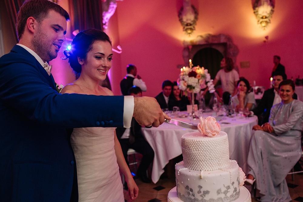 Авторский свадебный торт в замке Эсклимон
