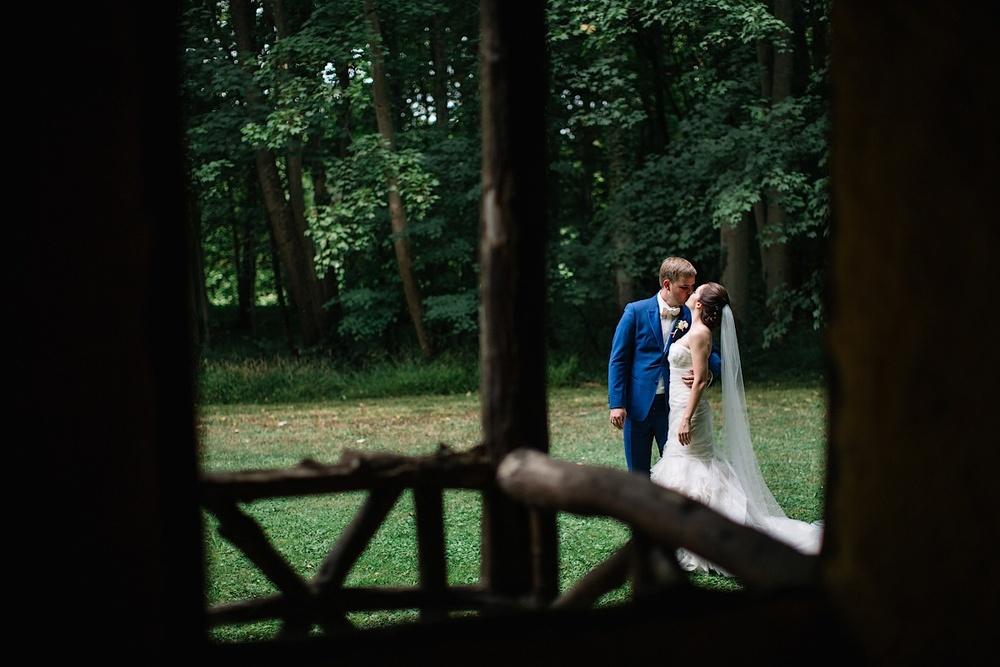 Фотосессия после свадьбы очень увлекательна
