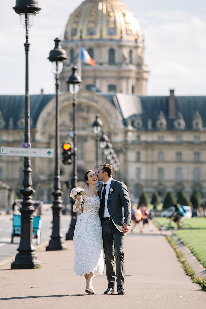 Молодые мечтали о свадьбе в Париже всю жизнь