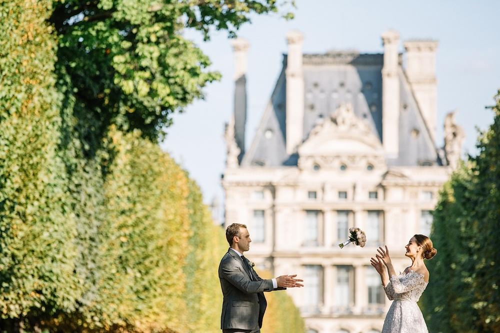 В Париже вы можете сделать свою невесту счастливой