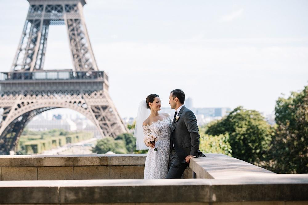 Приехавшие в Париж туристы будут вам завидовать