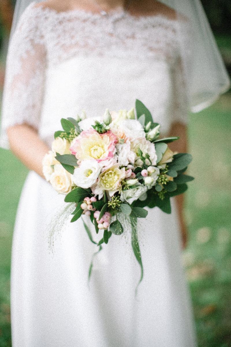 Свадебный букет может быть главным украшением