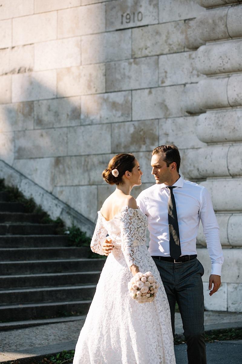 POST WEDDING SHOOT IN PARIS