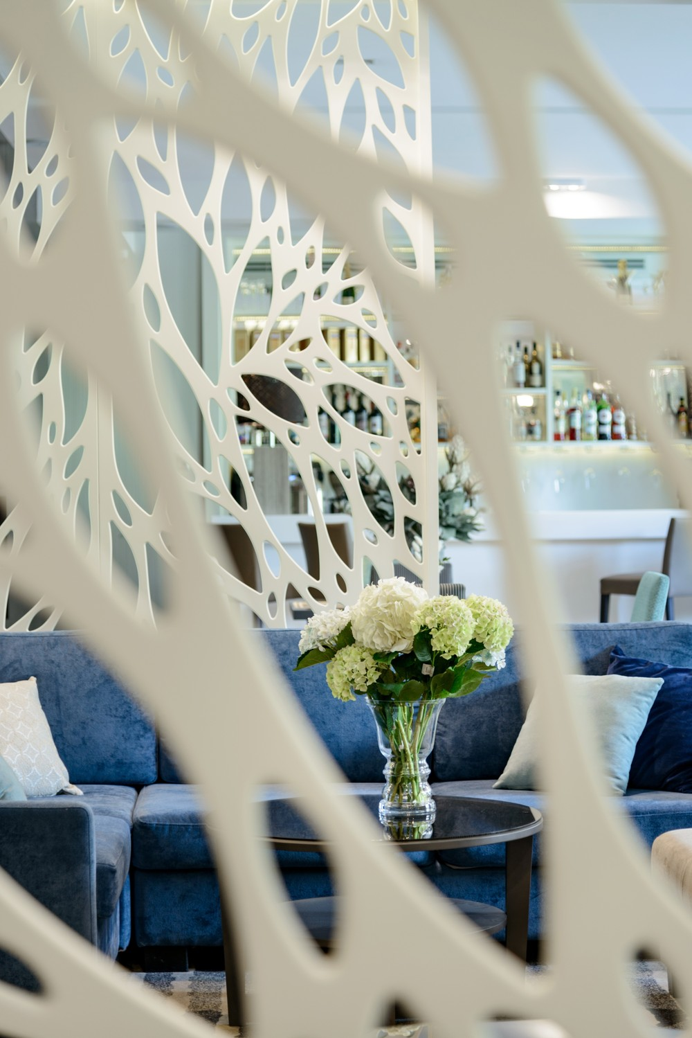 Мария Шубина Вероника Добрякова отель декор лобби дизайн интерьера отеля ресторан зона отдыха лаунж