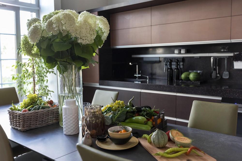 Мария Шубина, дизайн кухни, дизайн столовой, стол обеденный, стулья, кухонный гарнитур