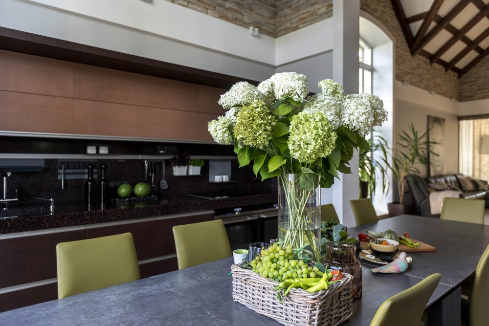 Мария Шубина, дизайн кухни, столовая, стол обеденный, кухня в доме, тренды в дизайне кухни