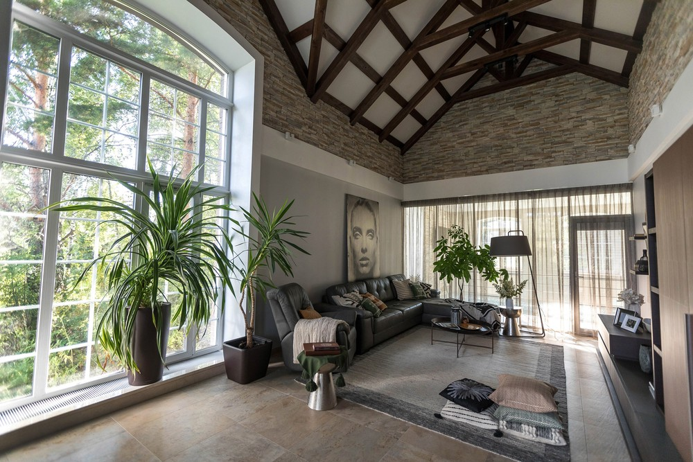 Мария Шубина, дизайн интерьера, дизайнер, гостиная, диван, ковер, декоративные подушки, торшео