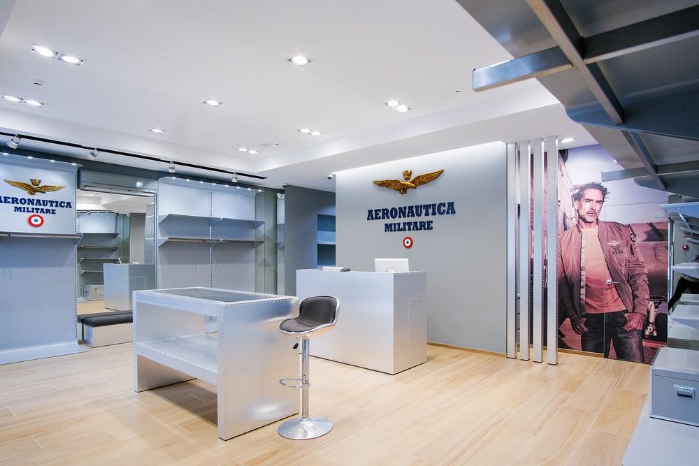 Монобрендовый бутик Aeronautica Militare