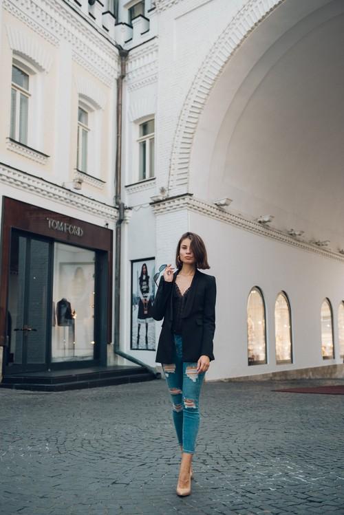 Алина / уличная фотосессия в центре