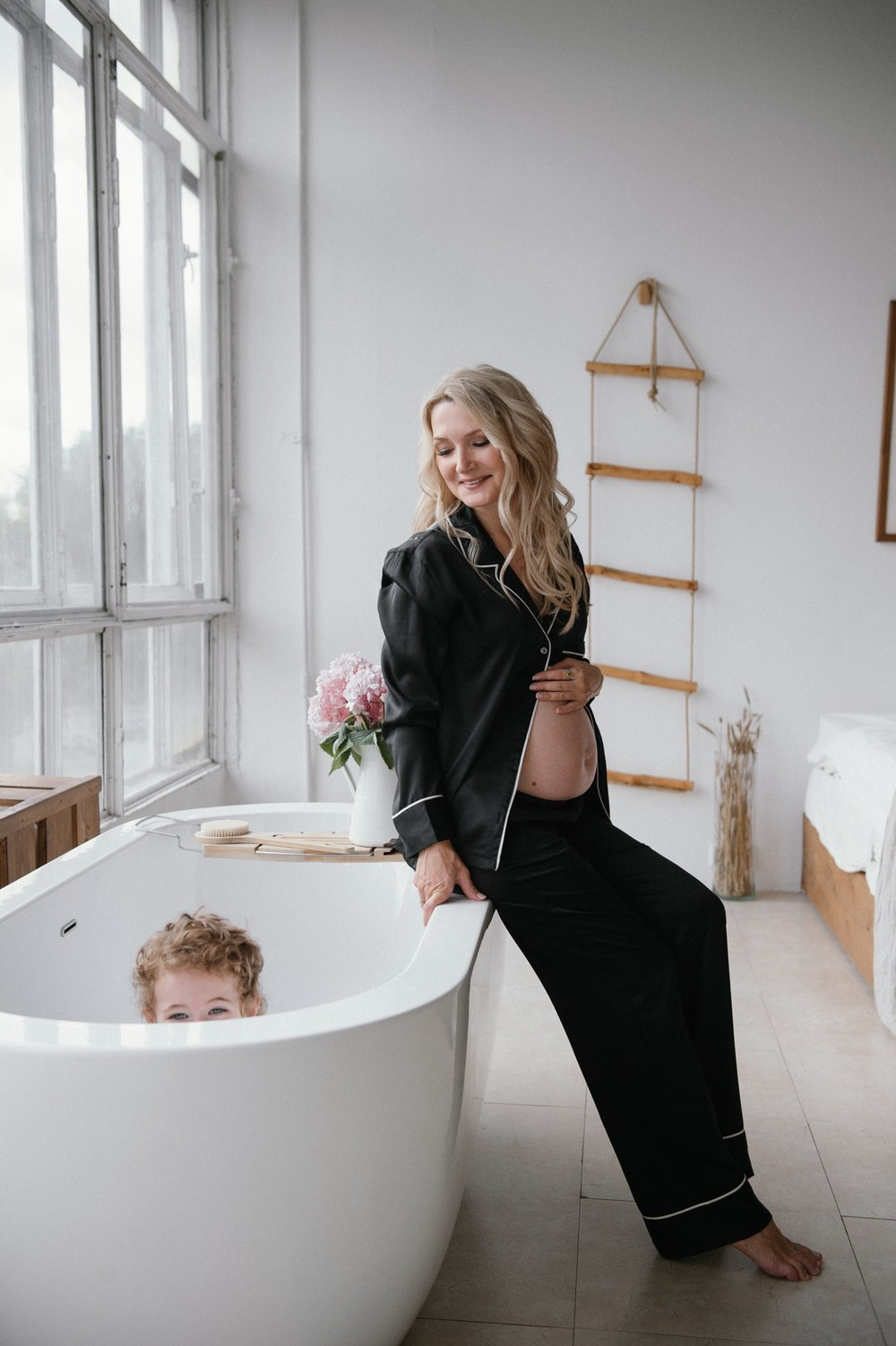 Фотосессия беременности / студийная съёмка
