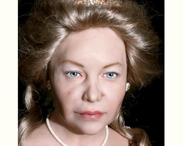 портретная кукла, кукла по фото, подарок, королева, женский портрет, красивая кукла, сваровски