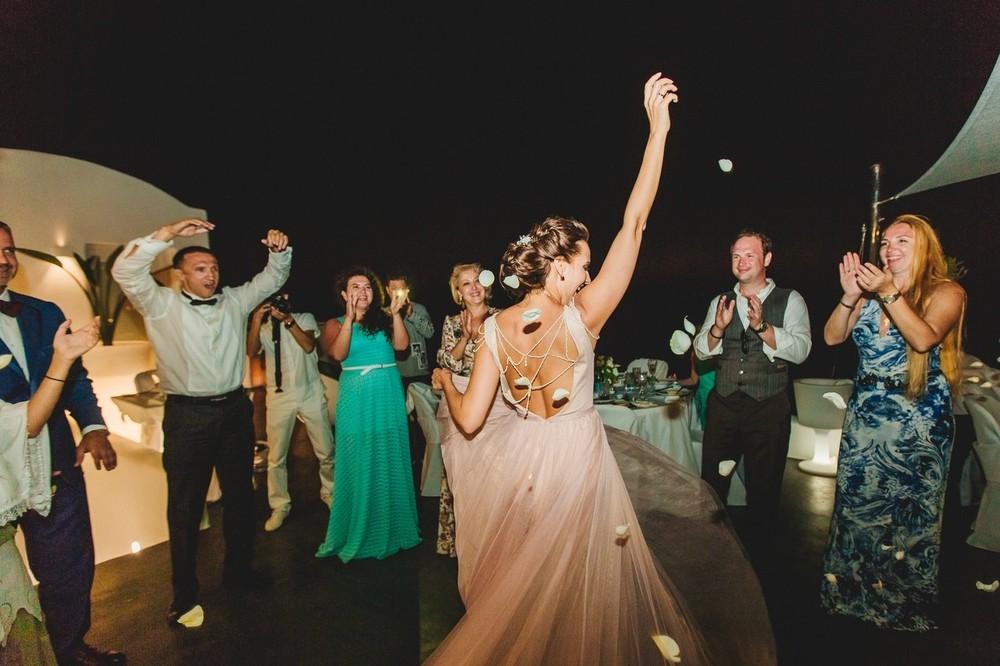 свадьба на санторини, греческие танцоры