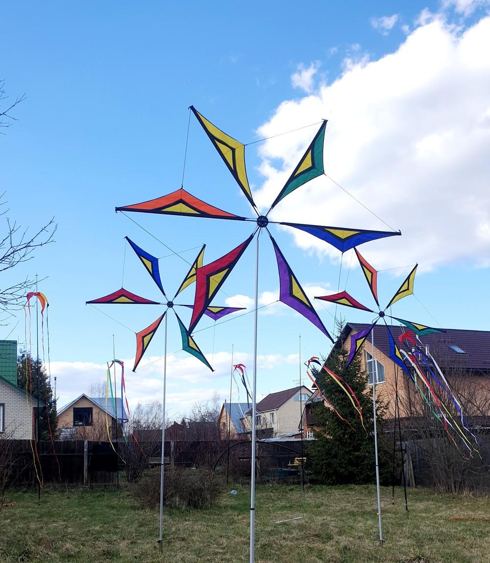 ветряные декорации флаги  ленты