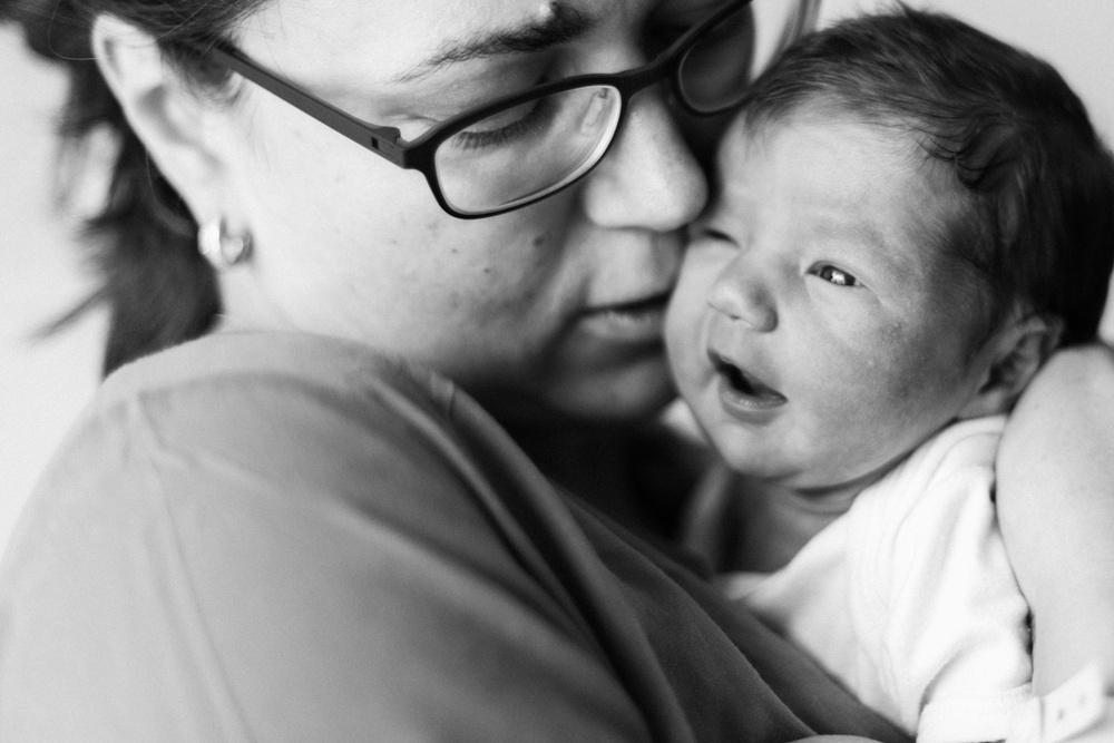 Новорожденная Аня. Съемка в роддоме.