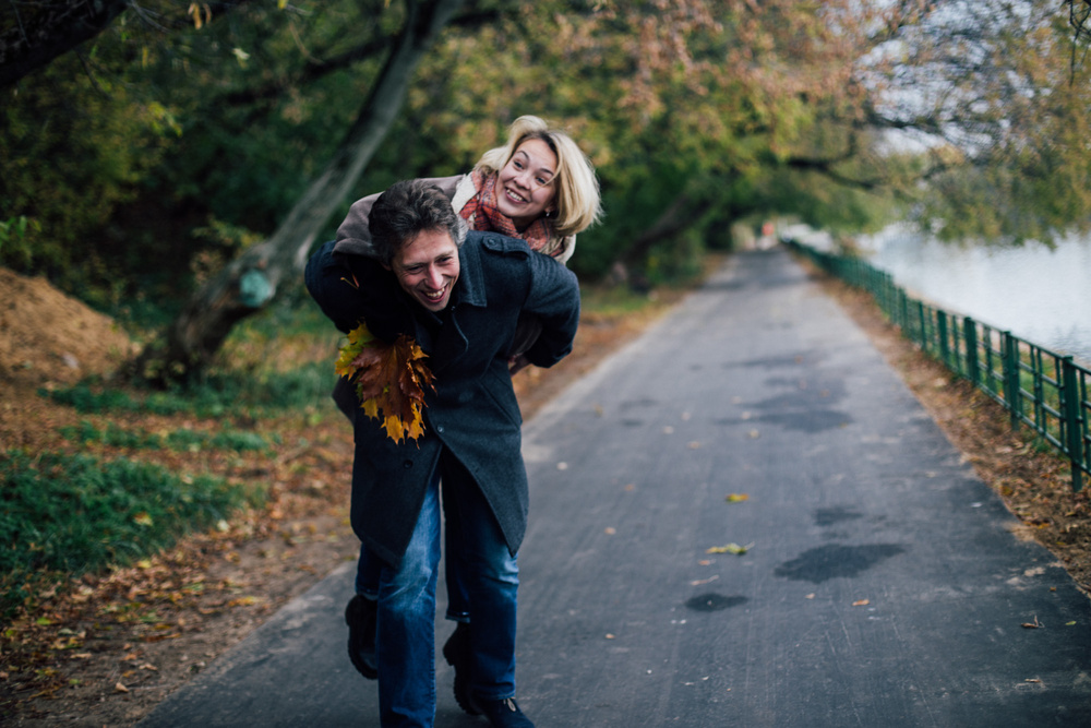 Двое. Love-story. Марина и Леня, осенняя прогулка