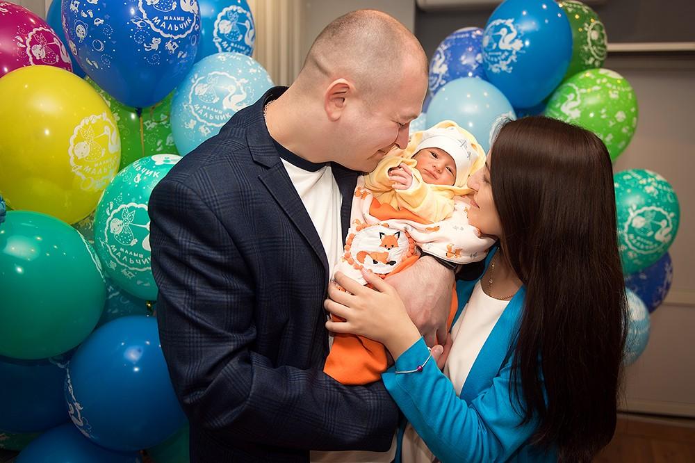 фотограф на выписку из роддома, новорожденный, лапино, пмц, семейный фотограф