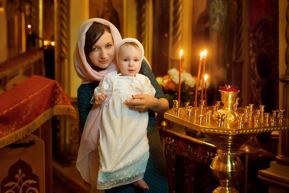 фотограф на крещение, таинство, съемка в храме, церковь, фотограф анна орлова, москва, крестины