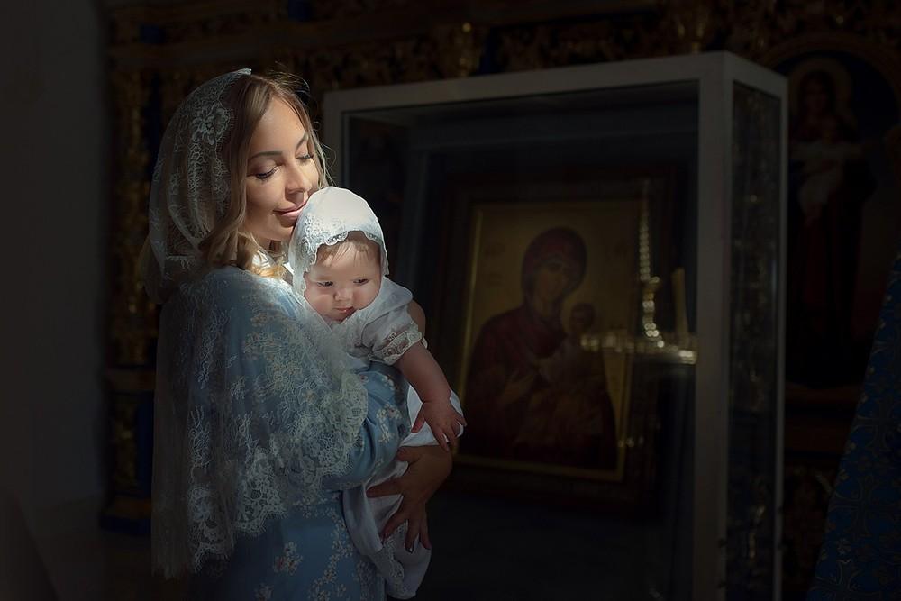 фотограф на крещение, москва, где крестить, ребенка, крестильная рубашка, храм