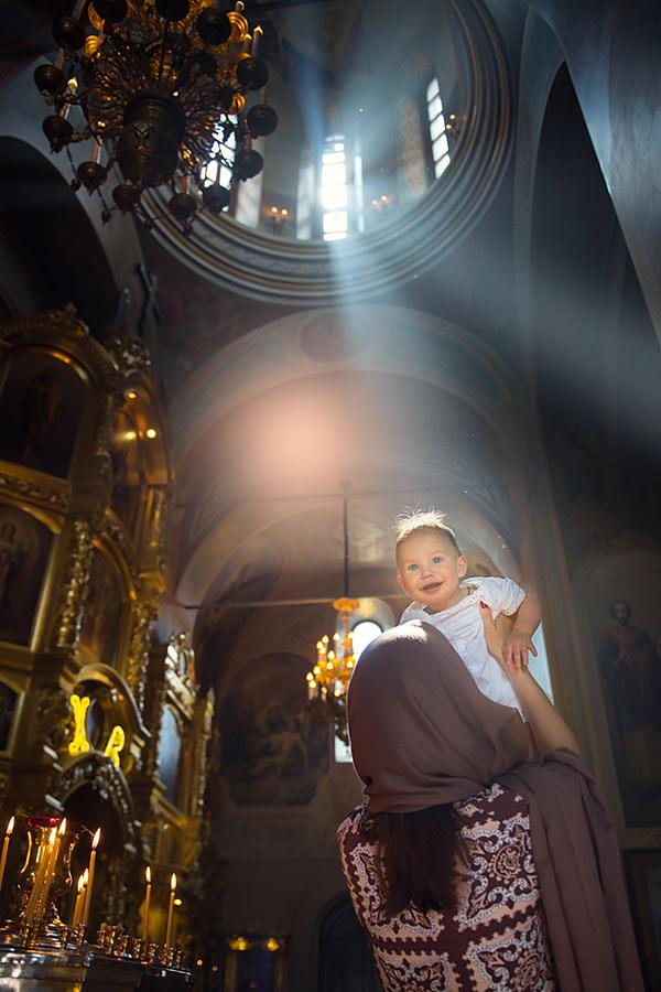 крещение, храм святого уара, вешки, фотограф, москва, крестины