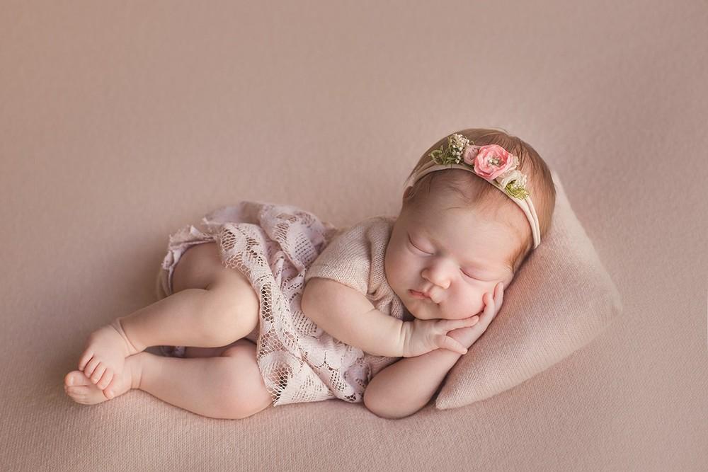 Новорожденные девочки