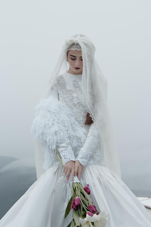 Зимнее утро Алины в свадебной выездной церемонии в Сочи