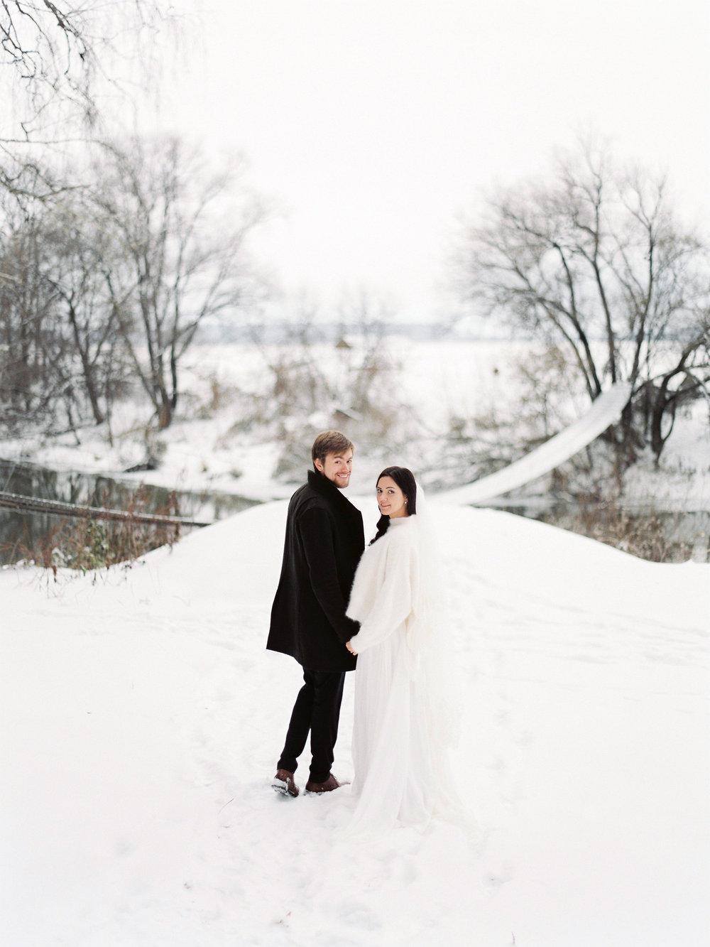 Зимняя лесная сказка Романа и Надежды