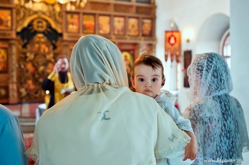 крещение высокопетровский монастырь