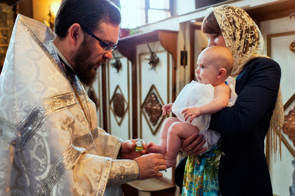 таинство крещения помазание святым елеем