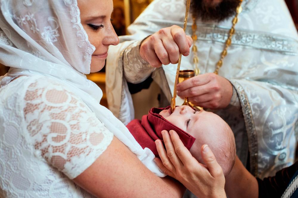 причастие после крещения младенца