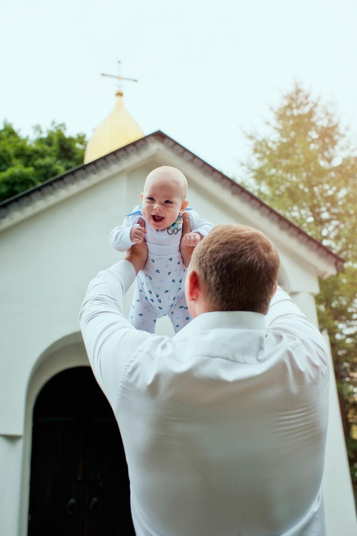 прогулочная фотосессия перед крещением