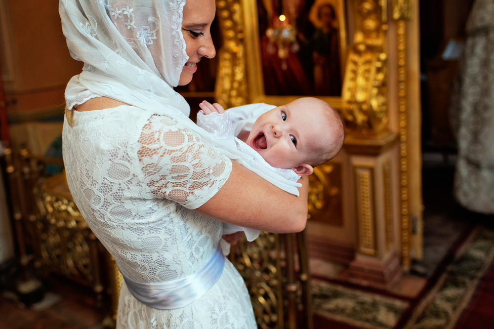крещение младенца церкви