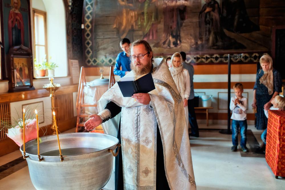 крещение в храме святых апостолов Петра и Павла у Яузских Ворот