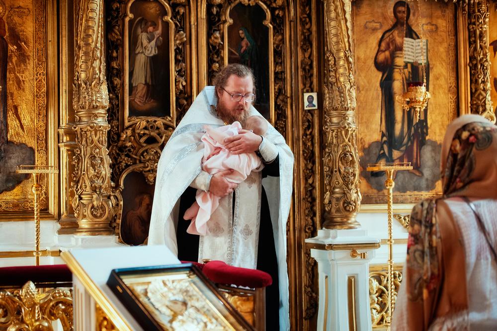 фотосъемка крещения ребенка в москве