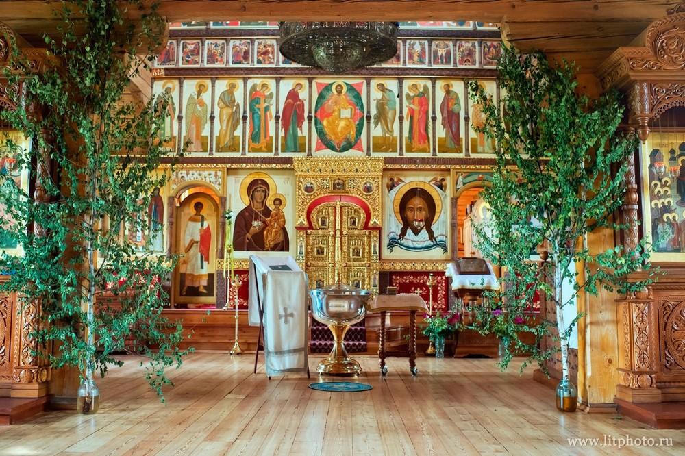 Храм Покрова Пресвятой Богородицы в Барвихе