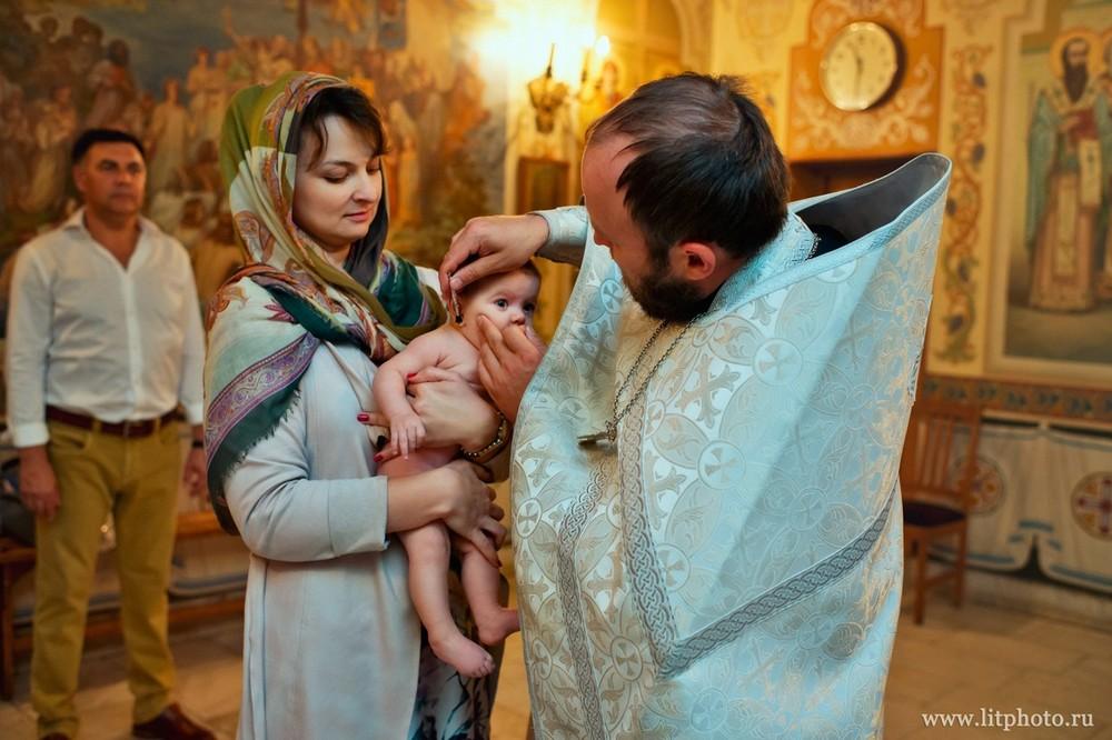 фотограф на крещение в храме архангела михаила