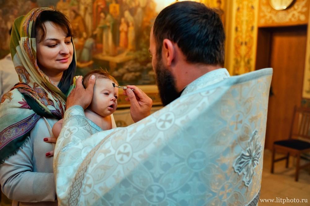 фотограф на крещение в церкви архангела михаила