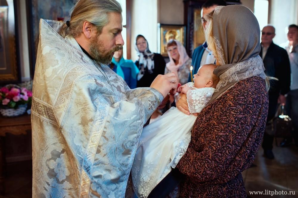 обряд крещения вешки