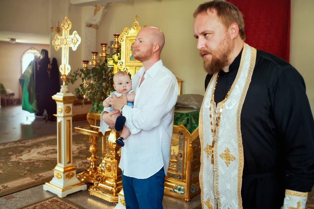 фото с крестин в переделкино
