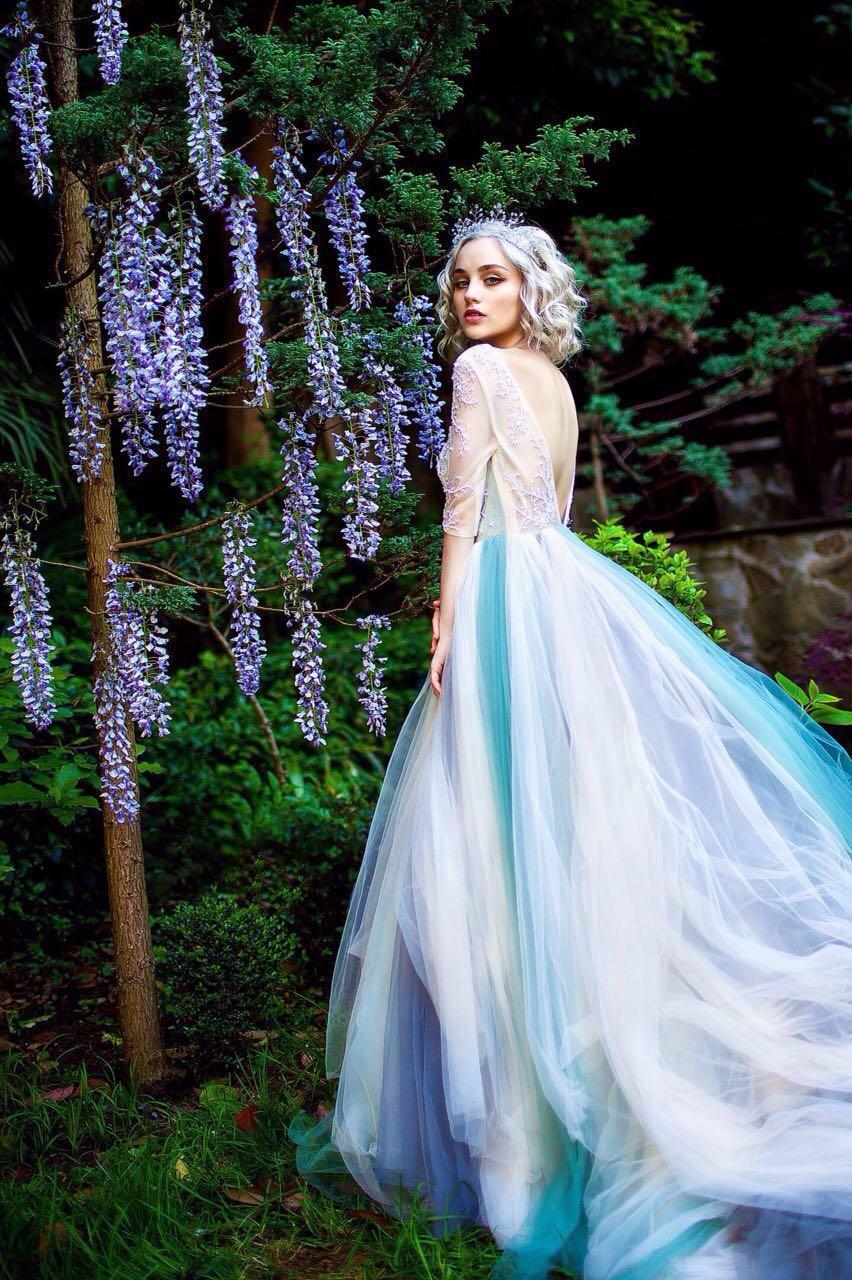 Вечерние и пышные платья