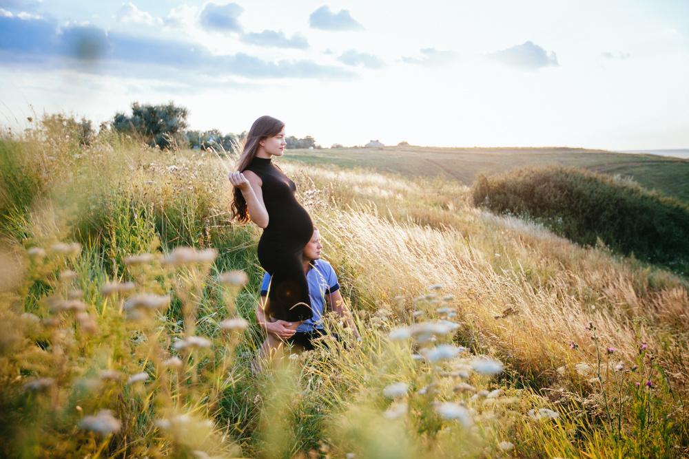 Kharkov, Ukraine   Sveta pregnant & Sergey