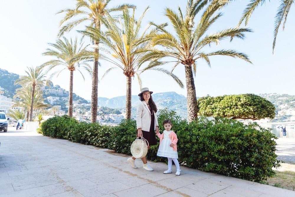 Soller, Mallorca   Elena & Polina