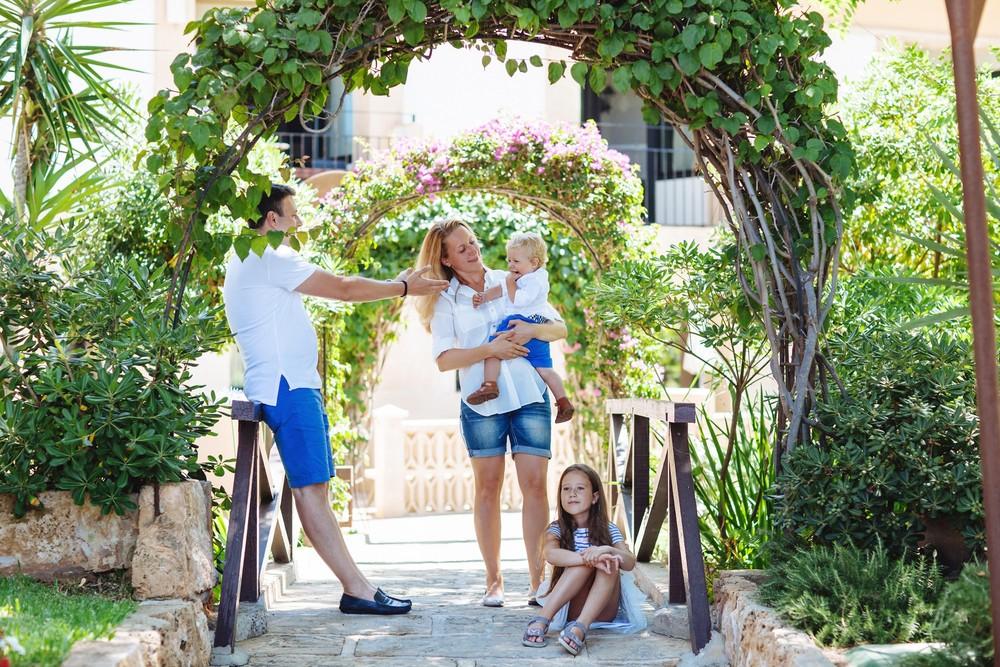 Mallorca   Yana+Roman = Victoria+Nikita
