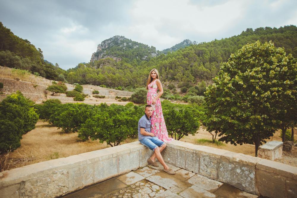Spain   Valldemossa   Yana & Stas