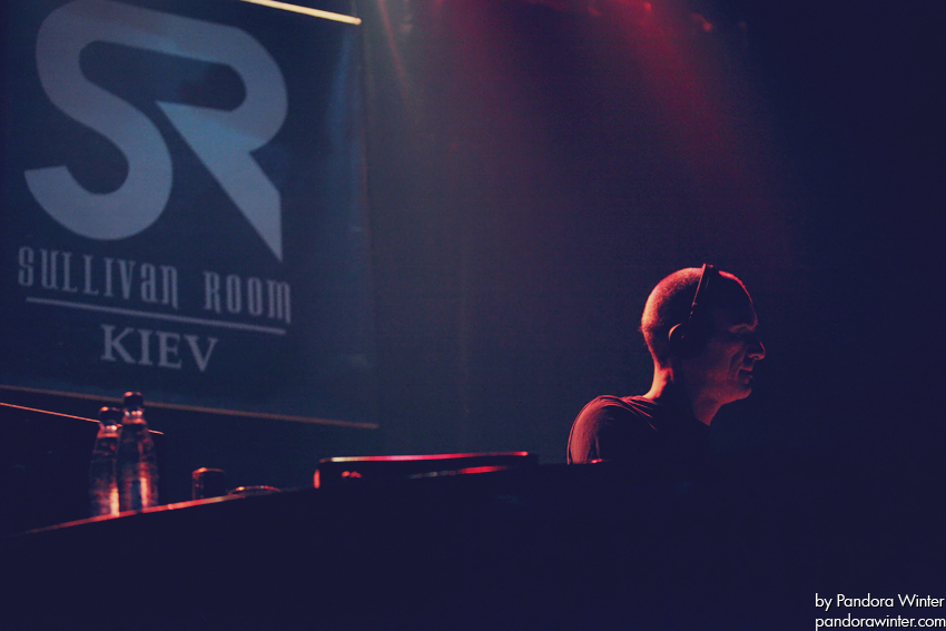 ROBERT MILES @ Sullivan Room, Kiev, 10-12-2011