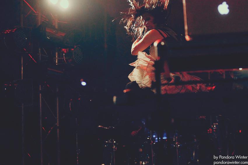 SKILLET @ Bingo Club, Kiev, UA, 2011-11-23