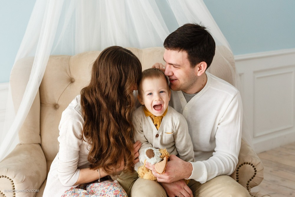 Аня, Рома и Солнышко